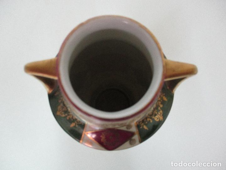 Antigüedades: Pareja de Jarrones - Porcelana - Alemanía - Esmaltada y Dorada - Sello Corona Imperial - S. XIX - Foto 17 - 79887213