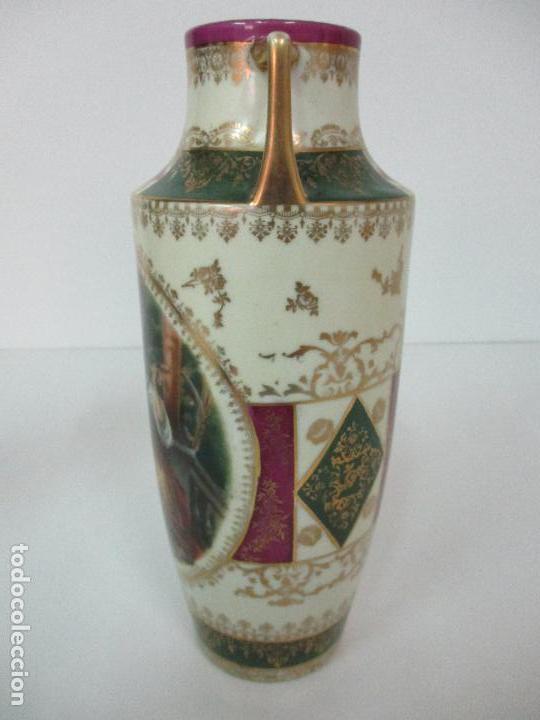 Antigüedades: Pareja de Jarrones - Porcelana - Alemanía - Esmaltada y Dorada - Sello Corona Imperial - S. XIX - Foto 24 - 79887213