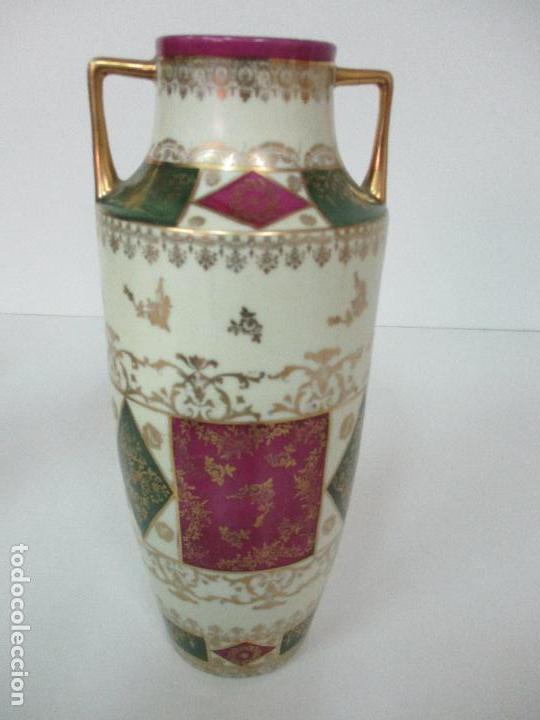 Antigüedades: Pareja de Jarrones - Porcelana - Alemanía - Esmaltada y Dorada - Sello Corona Imperial - S. XIX - Foto 26 - 79887213