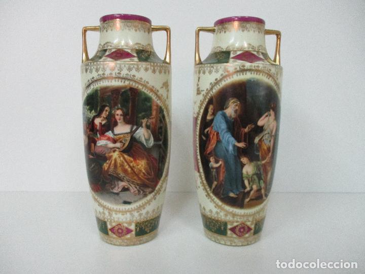 Antigüedades: Pareja de Jarrones - Porcelana - Alemanía - Esmaltada y Dorada - Sello Corona Imperial - S. XIX - Foto 33 - 79887213