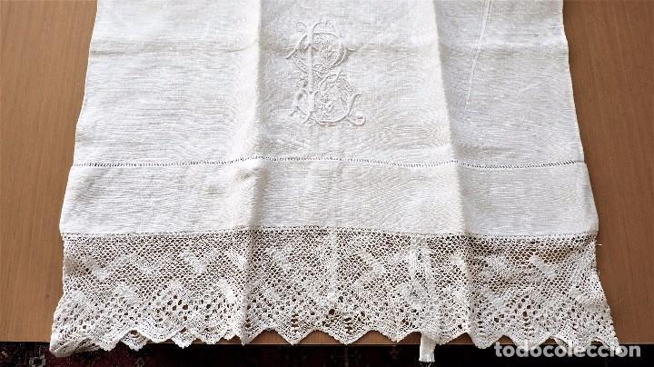 Antigüedades: Juego de 6 fundas de almohada de hilo bordadas - Foto 4 - 80014229