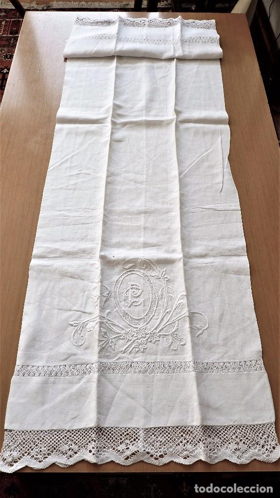 Antigüedades: Juego de 6 fundas de almohada de hilo bordadas - Foto 7 - 80014229