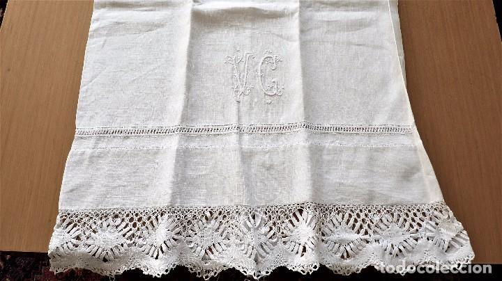 Antigüedades: Juego de 6 fundas de almohada de hilo bordadas - Foto 12 - 80014229