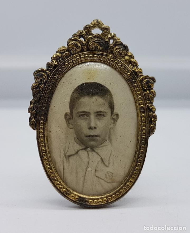antiguo marco portafotos en latón de forma oval - Comprar Portafotos ...