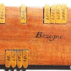 Antigüedades: CONTADOR DE PUNTOS PARA EL JUEGO DE CARTAS BEZIQUE - MADERA DE PALOSANTO. SIGLO XIX.. Lote 80040209