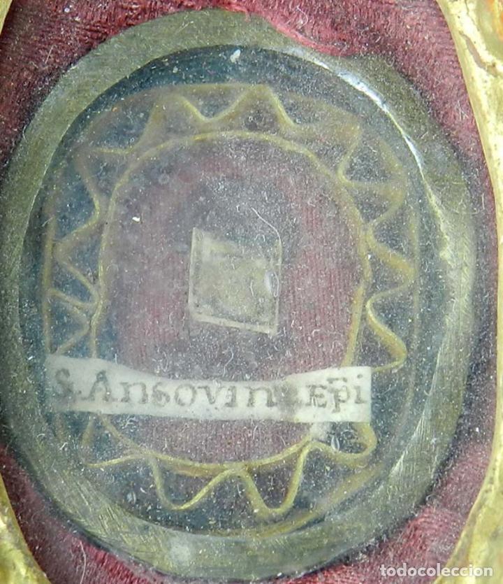 Antigüedades: EXCEPCIONAL RELICARIO COMPUESTO POR UN MARCO DE 11 ESFERAS OVALADAS CON 18 RELICARIOS EN SU INTERIOR - Foto 24 - 40644769