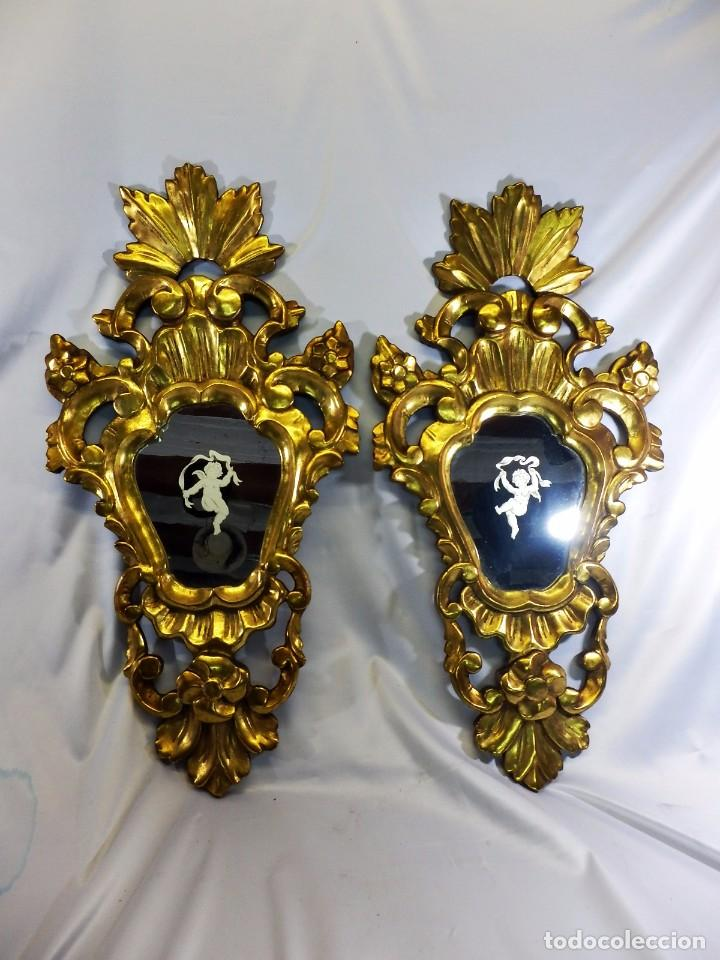 ESPECTACULAR PAREJA DE CORNUCOPIAS S XVIII. GRABADAS AL ÁCIDO. LA GRANJA. ANGELES (Antigüedades - Muebles Antiguos - Cornucopias Antiguas)