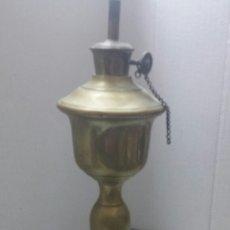 Antigüedades: QUINQUE ANTIGUO AÑOS 50 BRONCE. Lote 80144798