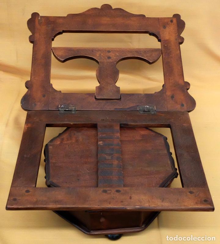 Antigüedades: SENSACIONAL ATRIL EN MADERA DE MEDIADOS DEL SIGLO XIX - Foto 2 - 80173717