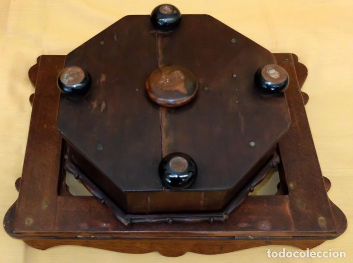 Antigüedades: SENSACIONAL ATRIL EN MADERA DE MEDIADOS DEL SIGLO XIX - Foto 5 - 80173717