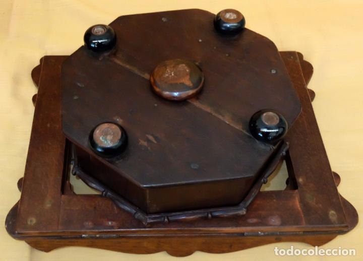 Antigüedades: SENSACIONAL ATRIL EN MADERA DE MEDIADOS DEL SIGLO XIX - Foto 6 - 80173717