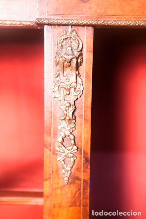 Antigüedades: Antigua Credenza - Aparador - Trinchante - Bufete - Raíz y Marquetería - Puertas Cristal Bombeado - Foto 3 - 80187857