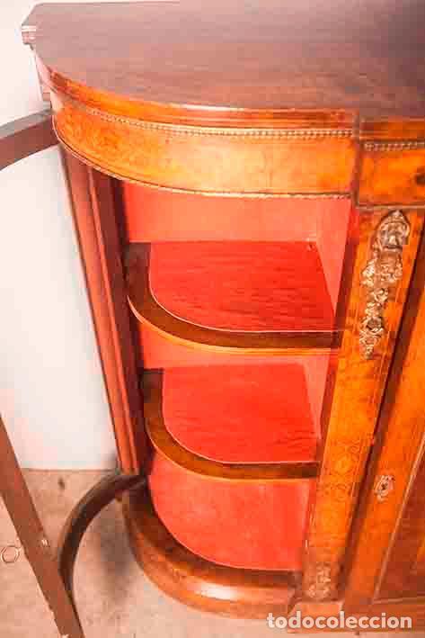 Antigüedades: Antigua Credenza - Aparador - Trinchante - Bufete - Raíz y Marquetería - Puertas Cristal Bombeado - Foto 4 - 80187857