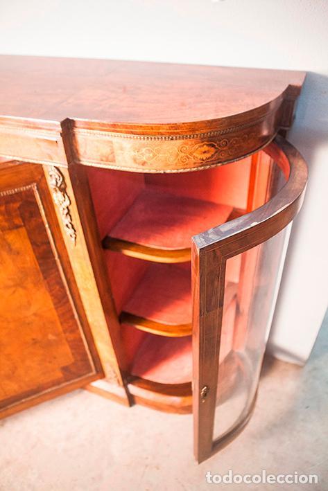 Antigüedades: Antigua Credenza - Aparador - Trinchante - Bufete - Raíz y Marquetería - Puertas Cristal Bombeado - Foto 7 - 80187857