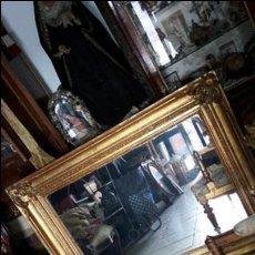 Antigüedades: ESPEJO ANTIGUO EN MADERA Y PAN DE ORO. Lote 80300349