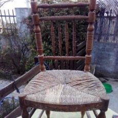 Antigüedades: SILLA DE MADERA Y ASIENTO DE ESPARTO. ANTIGUA PARA RESTAURAR. Lote 80312681