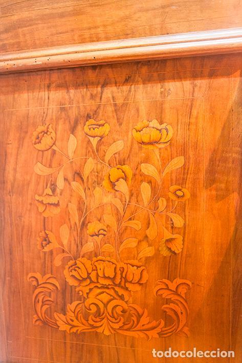 Antigüedades: Antiguo Canterano - Escritorio - Bombeado - Madera de Nogal -Marquetería -Tiradores de Bronce -S.XIX - Foto 10 - 80423269