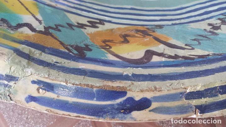 Antigüedades: antiguo lebrillo de triana, pintado a mano - Foto 7 - 149529176