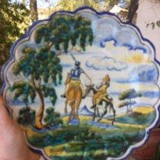 Antigüedades: PLATO CERAMICA DE TALAVERA LA REINA CERAMISTA SASO QUIJOTE Y SANCHO. Lote 80465337