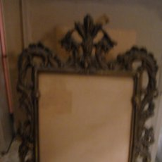 Antigüedades: ESPECTACULAR MARCO PORTAFOTOS DE BRONCE MACIZO. Lote 80471989