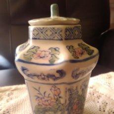 Tibor porcelana decorado exagonal