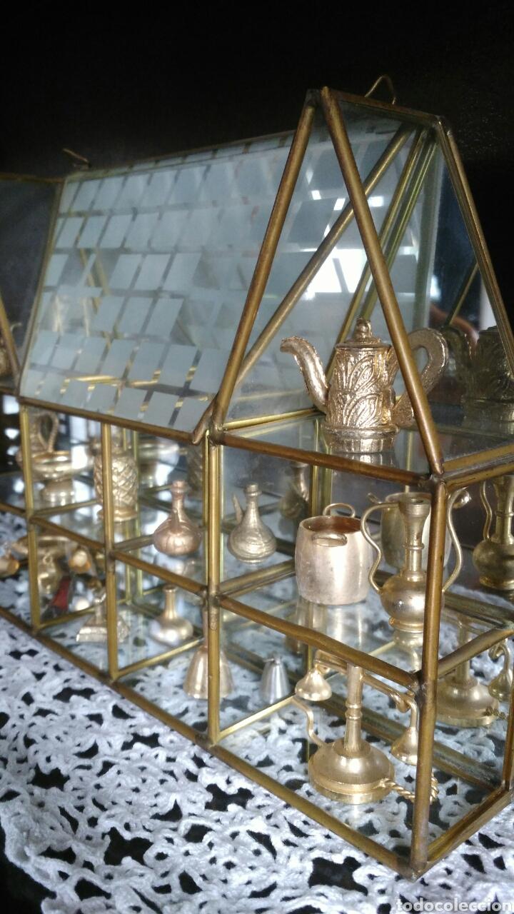 Antigüedades: Mueble miniaturas figuras bronce - Foto 7 - 80619243