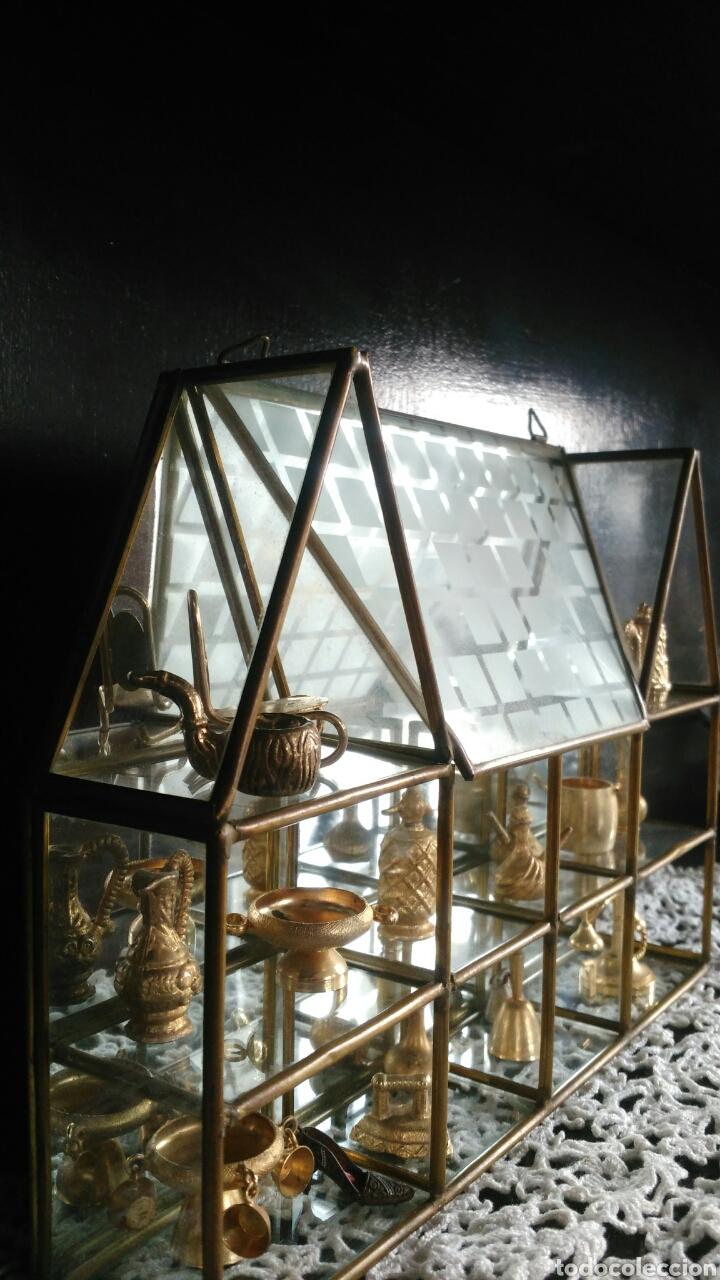 Antigüedades: Mueble miniaturas figuras bronce - Foto 8 - 80619243