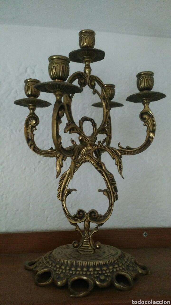 Antigüedades: Candelabro bronce - Foto 2 - 80629178