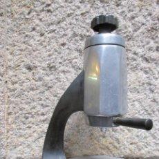 Antigüedades: CAFETERA ELECTRICA DECO 50'S - UNA TAZA, ALUMINIO Y BAKELITA, LOGO ' UNIPRESS FTM ' + INFO Y FOTOS.. Lote 80645922