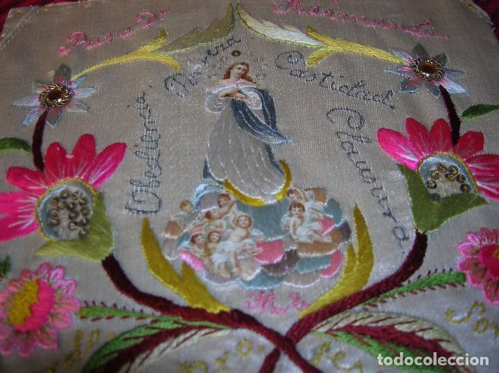 Antigüedades: Muy antigua labor bordada a mano dedicada a una monja de clausura..única. - Foto 2 - 80708670