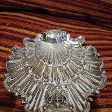 Antigüedades: PRECIOSA BENDITERA EN PLATA DE LEY.. Lote 80722570