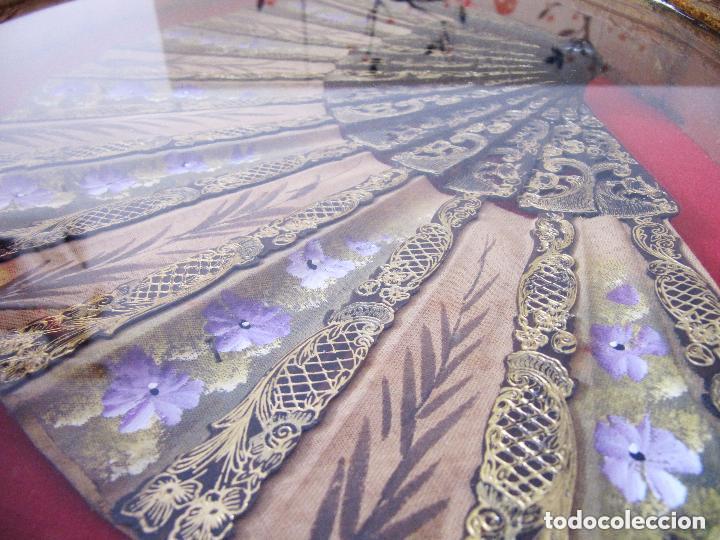 Antigüedades: PRECIOSA Y ANTIGUA ABANIQUERA Y ABANICO MADERA PAN DE ORO 197,00 € - Foto 2 - 80814559