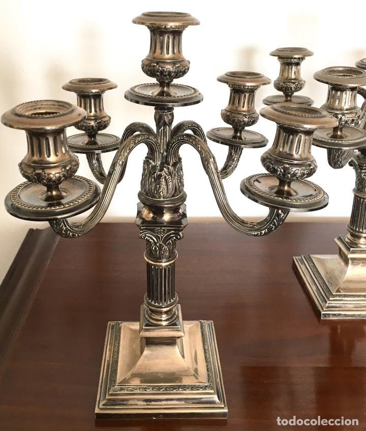 Antigüedades: Pareja de candelabros de plata - Foto 3 - 80902859