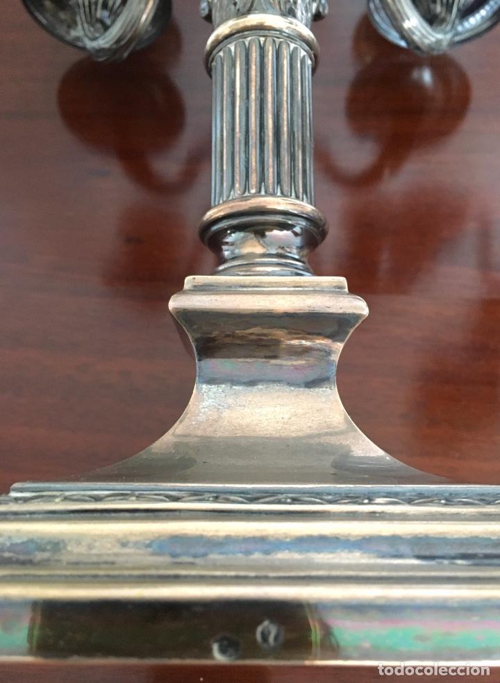 Antigüedades: Pareja de candelabros de plata - Foto 4 - 80902859
