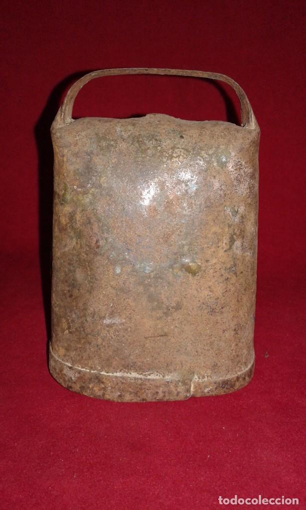 CENCERRO BADAJO DE MADERA (Antigüedades - Técnicas - Rústicas - Ganadería)