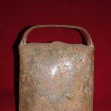 Antigüedades: CENCERRO BADAJO DE MADERA. Lote 80930652