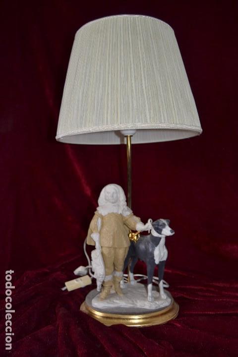 LAMPARA CON FIGURA DE ANTONIO EL INGLES EN PORCELANA ALGORA (Antigüedades - Porcelanas y Cerámicas - Algora)