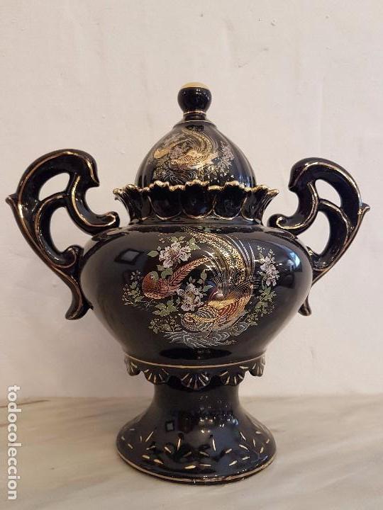 JARRÓN DE PORCELANA (Antigüedades - Hogar y Decoración - Jarrones Antiguos)