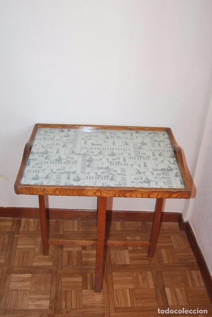 Antigüedades: PRECIOSA MESA AUXILIAR DE MADERA DE ROBLE - PLEGABLE - BANDEJA - AÑOS 30-40 - Foto 4 - 81062616