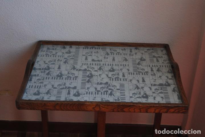 Antigüedades: PRECIOSA MESA AUXILIAR DE MADERA DE ROBLE - PLEGABLE - BANDEJA - AÑOS 30-40 - Foto 5 - 81062616