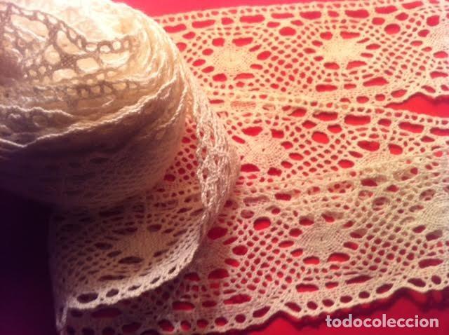 Antigüedades: Preciosa antigua punta encaje de bolillos para estrenar nunca usada 5,85m,total - Foto 6 - 81079188