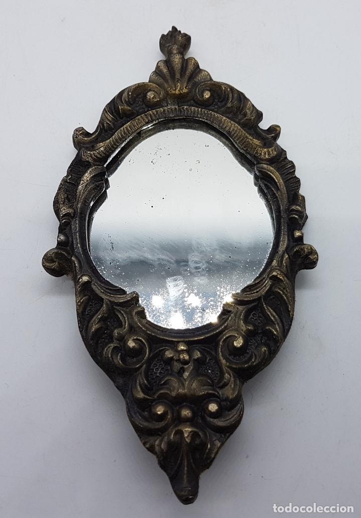 Antigüedades: Espejo cornucopia antiguo para colgar en bronce y cristal de estilo victoriano. - Foto 2 - 81134784