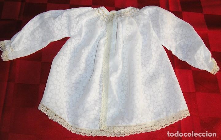 Antigüedades: Antiguo vestido de bebe con puntilla y bordado. - Foto 2 - 81222428