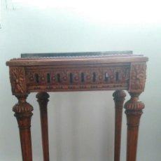 Antigüedades: VELADOR TALLADO EN MADERA ESTILO IMPERIO. Lote 81410916