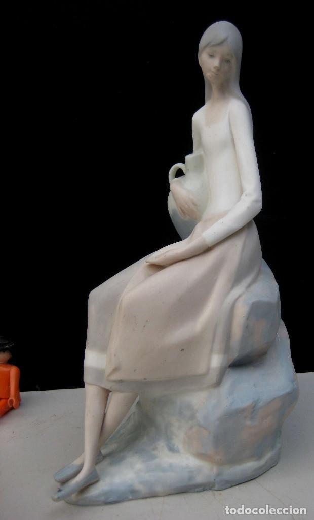 FIGURA ANTIGUAPORCELANA FINA ORIGINAL LLADRO PRIMERA EPOCA TANG CON SU DIFICIL MARCA (Antigüedades - Porcelanas y Cerámicas - Lladró)