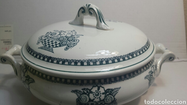 SOPERA ANTIGUA DE PORCELANA SELLADA Y NUMERADA (Antigüedades - Porcelanas y Cerámicas - Otras)