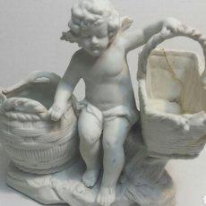 Antigüedades: ÁNGEL DE PORCELANA FINA NUMERADA ANTIGUO AÑOS 50. Lote 81590664