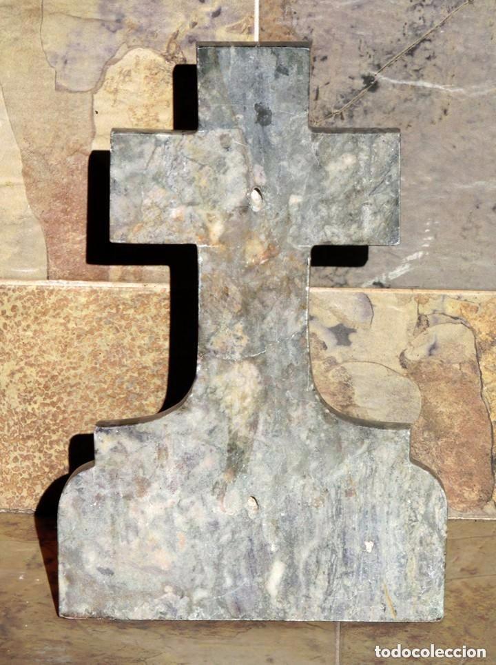 Antigüedades: PRECIOSA PILA DE MÁRMOL VETEADO - IGLESIA - BENDITERA - CAPILLA - AGUA BENDITA - PARA SANTIGUARSE - Foto 3 - 81690796
