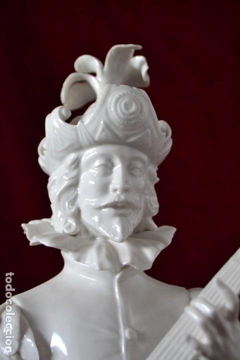 Antigüedades: figura musico siglo XVII en porcelana algora - Foto 4 - 81712540