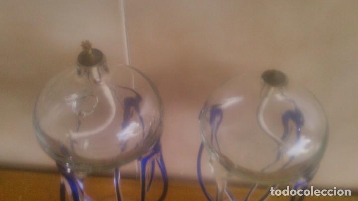 Antigüedades: Preciosa pareja de quinques lamparas de mecha de cristal,con mecha, - Foto 6 - 85960907